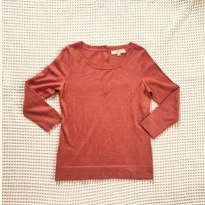 🍃Ann Taylor🍃▪️LIKE NEW ▪️Rose button sweater